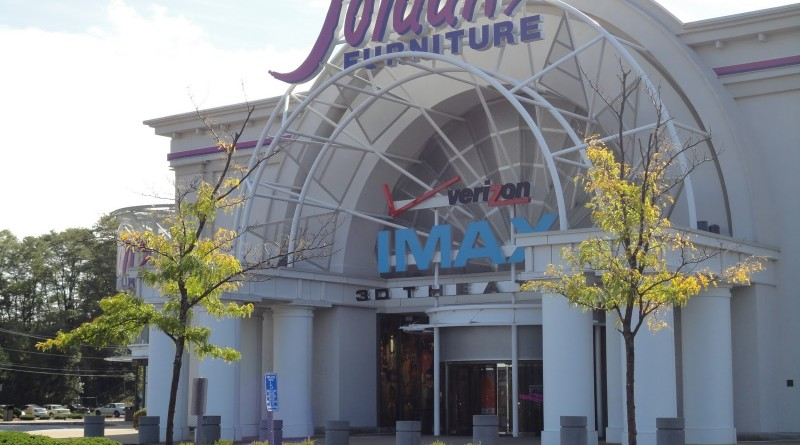 Jordanu0027s Furniture And IMAX Theatre Evacuated After Bomb Threat