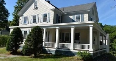 HOME OF THE WEEK: 6-Bedroom Antique Farmhouse Built in 1897