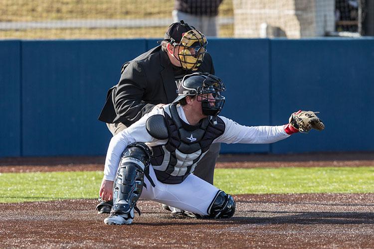 colby sawyer college baseball team - 750×500