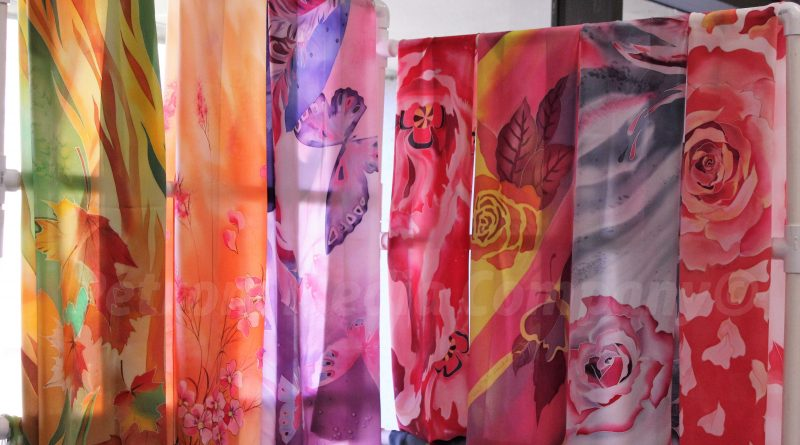 SLIDESHOW: More than 100 Vendors at Rotary Club's Spring Craft Fair