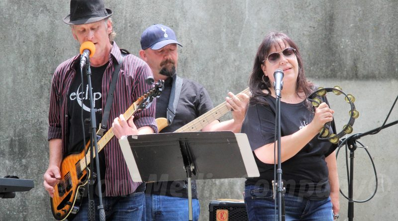 PHOTO OF THE DAY: Eclipse Rocks at Eastleigh Farm