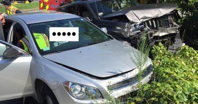 1 Injured in Two-Vehicle Crash on Pond Street