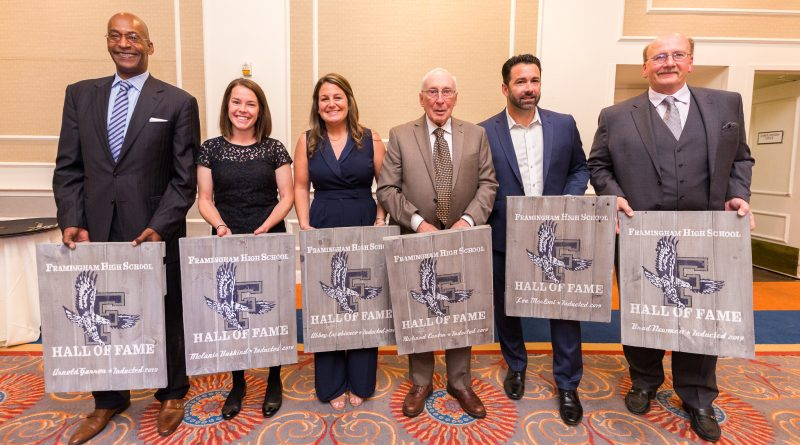 PHOTO OF THE DAY: 6 Inducted Into Framingham Flyers Hall of Fame 2019