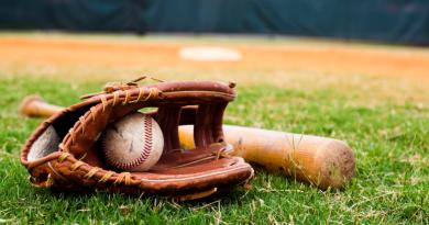 Framingham Advances To Senior Babe Ruth Championships