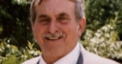 Robert Edward Demma, Sr., 84